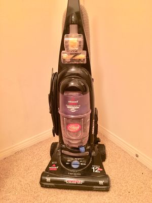 Bissell Vacuum Cleaner for Sale in Riverside, CA