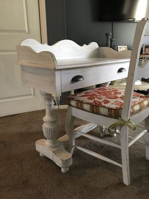 Vintage desk and chair for Sale in Yardley, PA