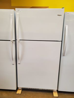 Whirlpool Top Freezer Refrigerator for Sale in Glendora, CA