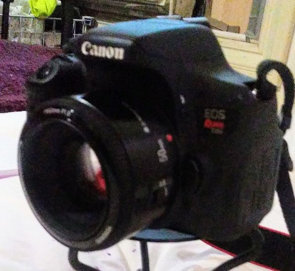 Canon E05 T6i Digital Camera w/ additional Lens