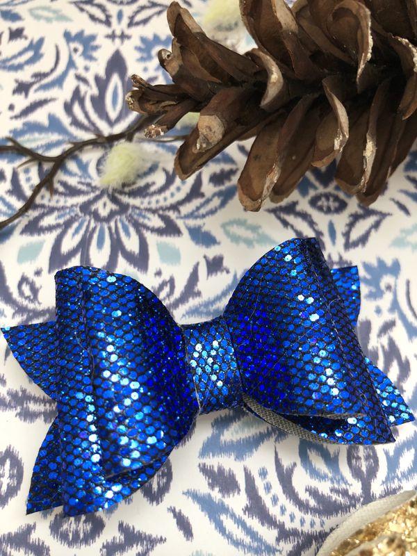 Cobalt sparkle bow