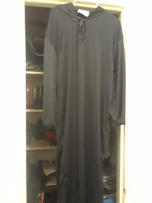 Black gown for halloween for Sale in Houston, TX