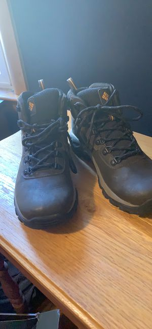 Brand new men's Columbia boots size as shown in pictures for Sale in Summersville, WV