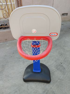 Basketball hoop in good condition for Sale in Alhambra, CA
