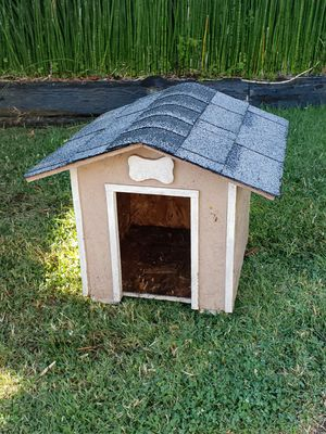 Small Dog House. for Sale in Rolling Hills Estates, CA