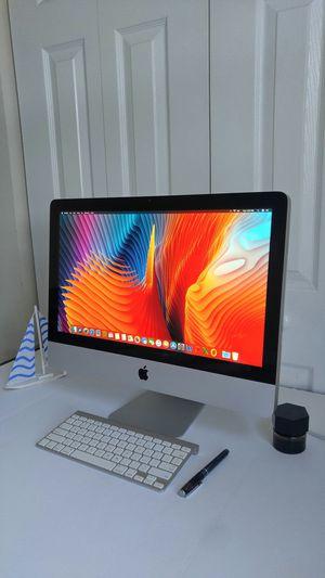 """🍎 Apple iMac Desktop Computer / Intel Core i5 / 500 GB Hard Drive / 08 GB Memory / 21.5"""" screen / Apple keyboard / High Sierra + Office / year 2011 for Sale in Homestead, FL"""