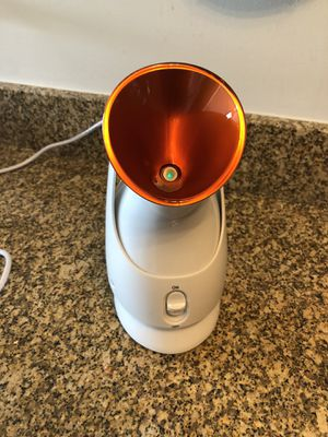 Dr. Dennis Gross Pro Facial Steamer for Sale in Chicago, IL