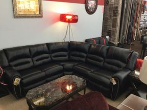 Black Reclining sectional by Ashley for Sale in Dearborn, MI