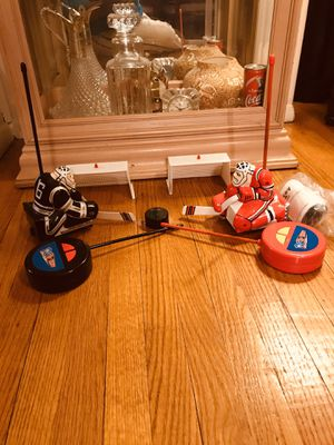 MGA Entertainment RC Hockey Complete No Box for Sale in PA, US