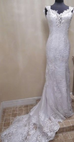 """Frontroom Couture """"Emma"""" Wedding Dress size 6 for Sale in Dale City, VA"""