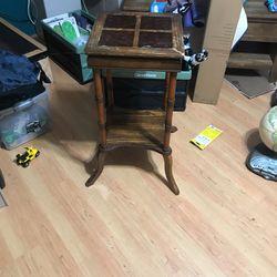 Side table for Sale in Tenino,  WA