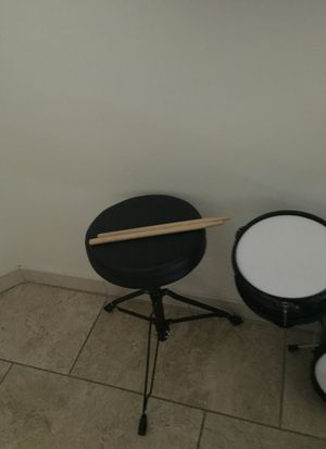 First Act discovery drum set. CHEAP!!! for Sale in Glen Burnie, MD