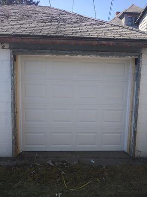 Garage door for Sale in Warren, MI