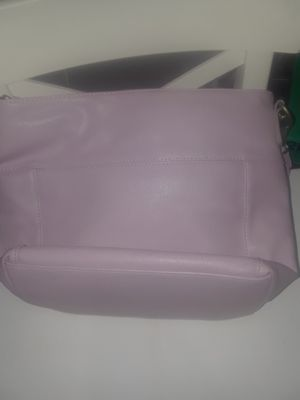Leather Purple lilac camera bag tote/Purse $25.00 cash only ( serious buyers) for Sale in Dallas, TX