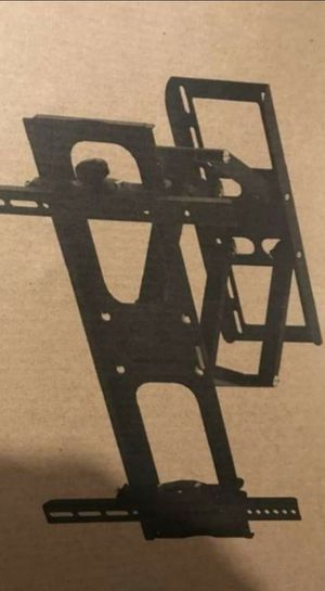 Full motion TV wall mount universal fits 22 inch to 70 inch for Sale in Plano, TX