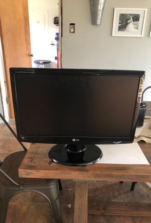 LG monitor Flatron W2043TE for Sale in Martinez, CA