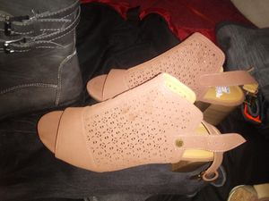 Tommy hilfiger size 10 wedge ,5$ for Sale in Stockton, CA