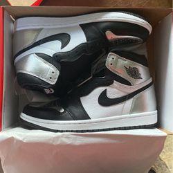 Jordan 1 Retro High Silver Toe Size 9W for Sale in Woodinville,  WA