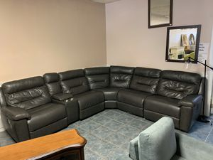 Sectional for Sale in Dallas, TX