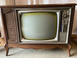 Console TV for Sale in Bothell, WA