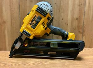 Dewalt 20v XR Framing Nail Gun Brushless 2-Speed 21° for Sale in Los Angeles, CA