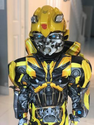 Bumblebee Costume for Boy 5/6 years for Sale in Hialeah, FL