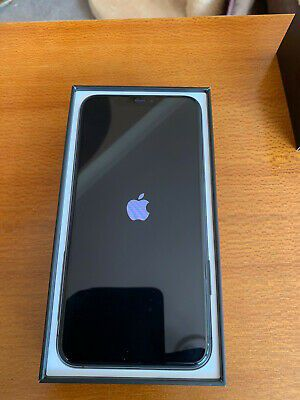 IPhone 11 pro max 256gb for Sale in Detroit, MI