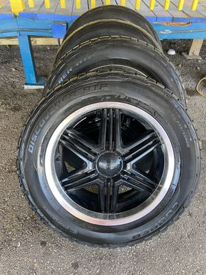 20 inch wheels Chevy 6 Lugs for Sale in Austin, TX