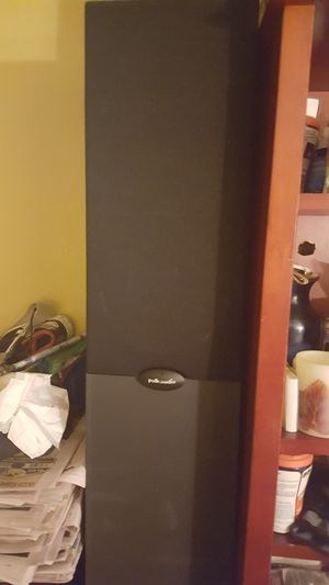 Polk audio tower speakers set of 2 for Sale in Brooklyn, NY
