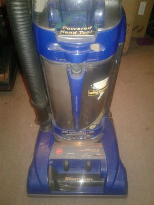 Hoover Self-Propelled Wind tunnel Vacuum Cleaner for Sale in Dearborn, MI