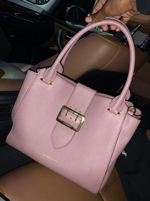 Burberry Tote Buckle Bag for Sale in Gardena, CA