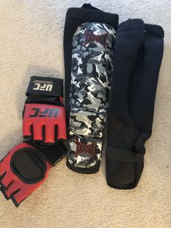 MMA Gloves / Shin Guards for Sale in Grasonville,  MD