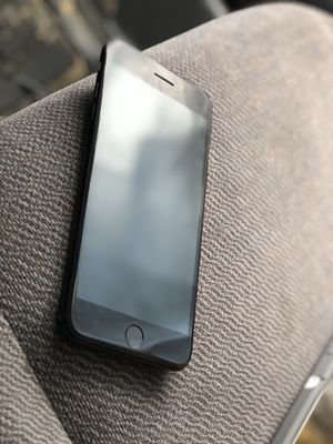 iPhone 7 Plus 128 gb for Sale in Wauconda, IL