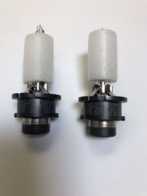 2PCS NEW TOYOTA/LEXUS D2R 85126+ 35W PHILIPS HID BULBS MADE IN GERMANY for Sale in Lemont, IL