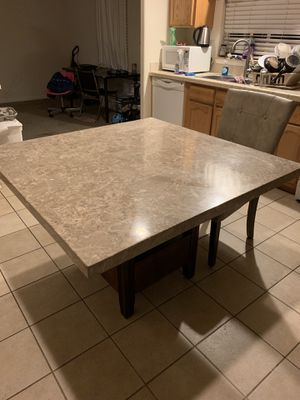 Kitchen table and two chairs for Sale in Pittsburg, CA