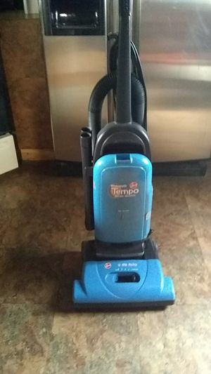Vacuum cleaner,Hoover 12 amp. for Sale in Clinton, MA