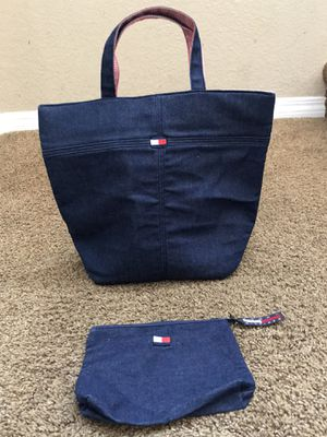 Tommy Hilfiger denim tote and makeup bag set of 2 for Sale in Corona, CA