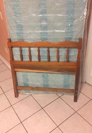 Twin mattress, box spring, headboard, and rails for Sale in FL, US