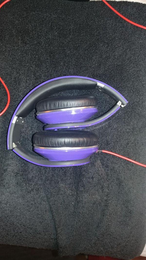 Beats by Dre Studio headphones with wire in purple