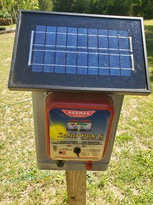 6 volt solar energizer for electric fence for Sale in Batsto, NJ