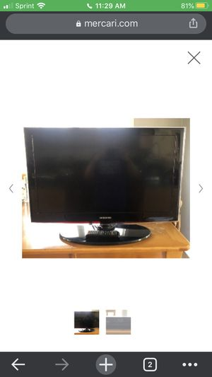 40 inch HDMI Samsung tv with an operating remote for Sale in Federal Way, WA