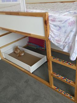 Ikea Twin Size Loft Bed for Sale in Moon Township,  PA