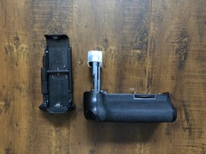 Canon Battery Grip for Sale in San Marcos, CA