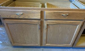 Kitchen Cabinets - 5 in total for Sale in Prospect Heights, IL