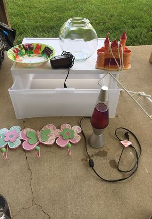 Various items for $1.00 and under for Sale in Merchantville, NJ