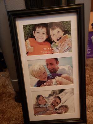 Photo hanger for Sale in Saint Robert, MO