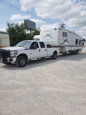 Transportating RV, 5th wheel, autos, gooseneck or bumper pull for Sale in Haltom City, TX