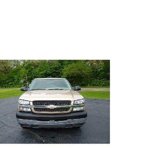 2004 Chevrolet Silverado for Sale in Modesto, CA