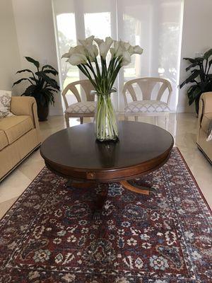 Antique coffee table/Mesa de sala for Sale in Hialeah, FL