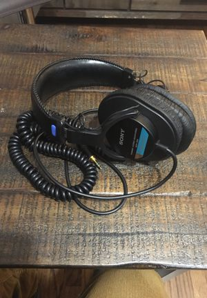Sony professional headphones MDR-7506 for Sale in Los Angeles, CA